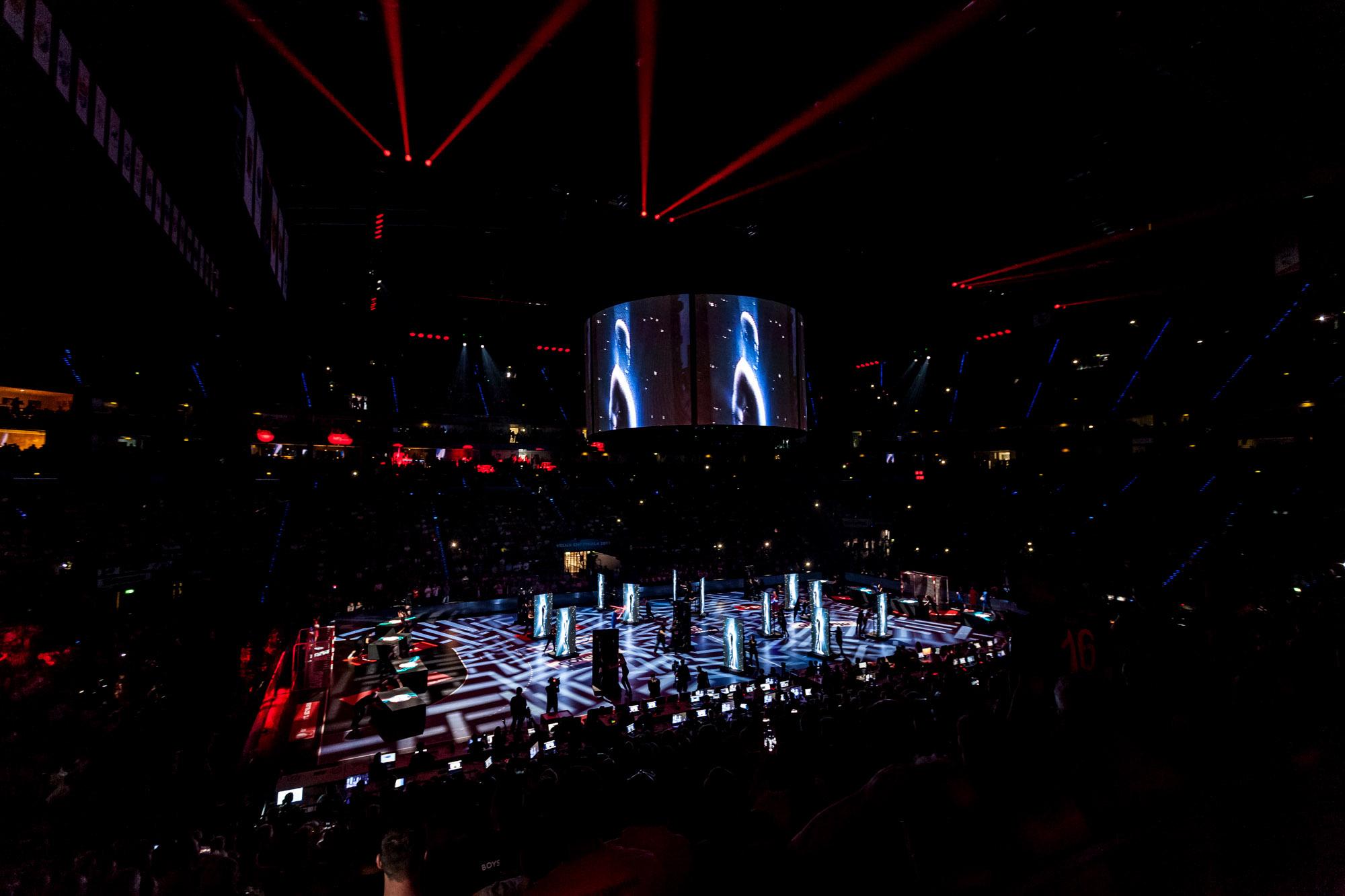 EHF Show 11